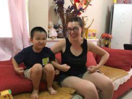 Eowyn med hennes kinesiske värdbror i Chengde