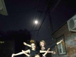 Tereza och hennes mamma under Månfesten