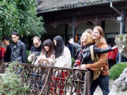 Utforskar omgivningarna i Shanghai
