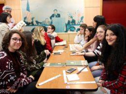 Dags för kinesisk mat - gymnasieelever på LTL