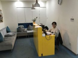 Dannie håller ordning på saker påLTL Shangai