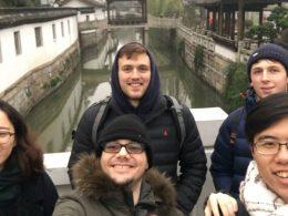 Glada LTL-elever på utflykt