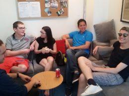 Dags för en rast mellan lektionerna i kinesiska