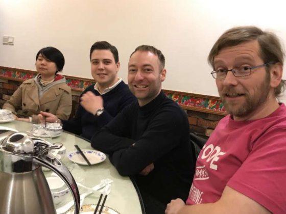 Dags för middag i Shanghai
